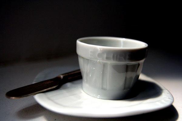 Beurrier Echiré en porcelaine de Limoges - Recharges Echiré - Beurre d'excellence - Echiré